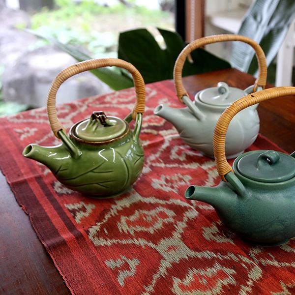 画像1: 蓮の葉ティーポット Jenggala Keramik Bali(ジェンガラ ケラミック バリ) (1)